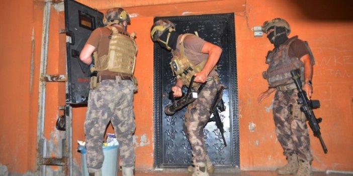 Adana'da suç şebekesine şafak operasyonu!