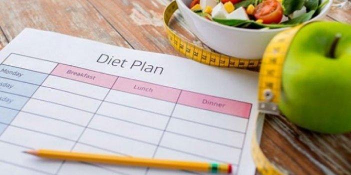 Vücutta yağ bırakmayan 4 günde 2 kilo verdiren mucizevi diyet listesi