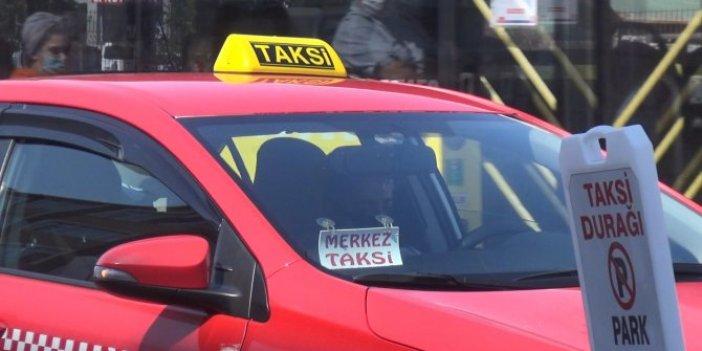İstanbul'da taksicilerin 'bordo' tartışması