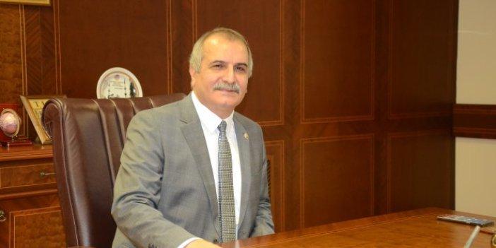 İYİ Partili Ahmet Çelik binlerce sağlık çalışanının merak ettiği soruyu Sağlık Bakanı Koca'ya sordu