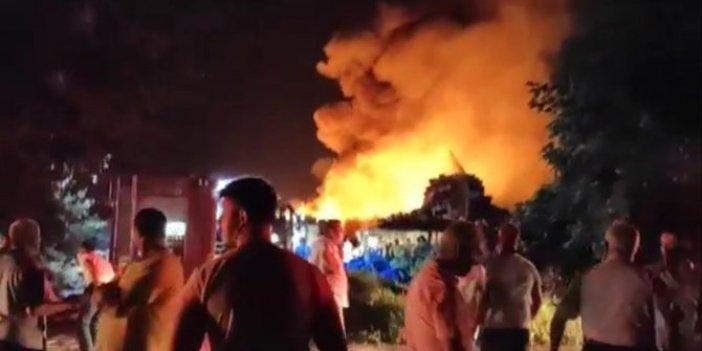 Bursa'da soğuk hava deposundaki yangın güçlükle söndürüldü