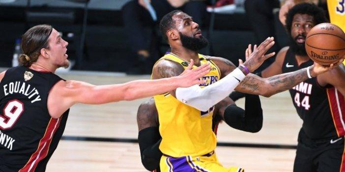 Lakers seriye iyi başladı