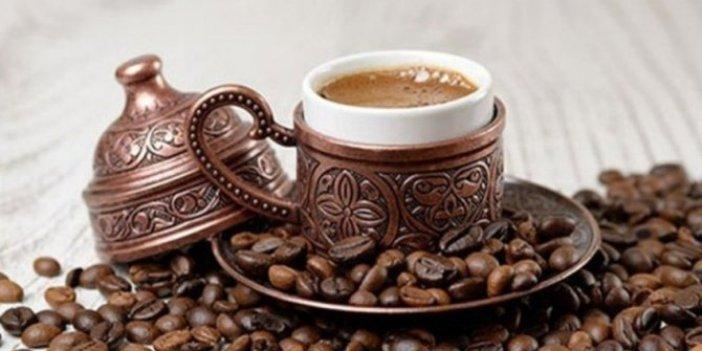 Günde 3-4 fincan kahve içmek şifa deposu!Prof. Dr. Onur Yaprak tiryakileri sevindirdi