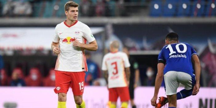 Başakşehir'in rakibi Leipzig, Schalke 04'ü 4-0 mağlup etti.