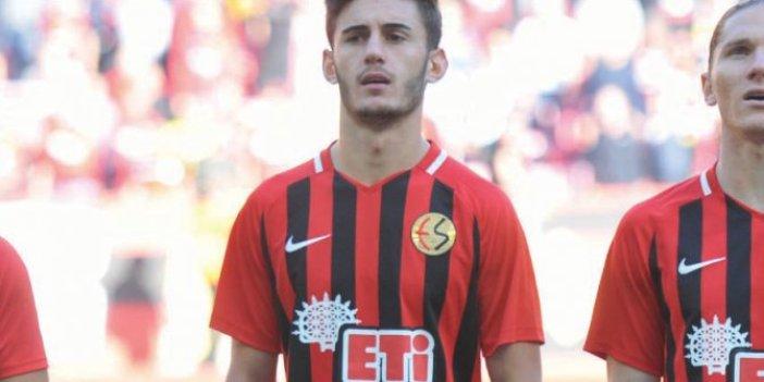 Tolga Yakut Eskişehirspor'da kaldı