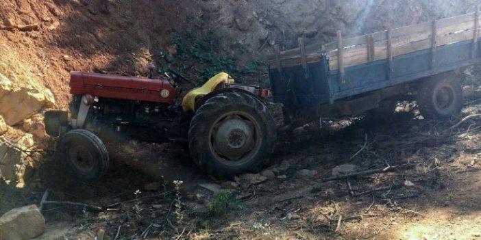 Kütahya'da devrilen traktörün altında kalan sürücü hayatını kaybetti