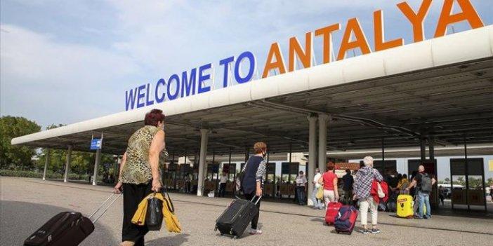 Antalya Havalimanı 179 rotadan 7 milyon yolcuyu ağırladı