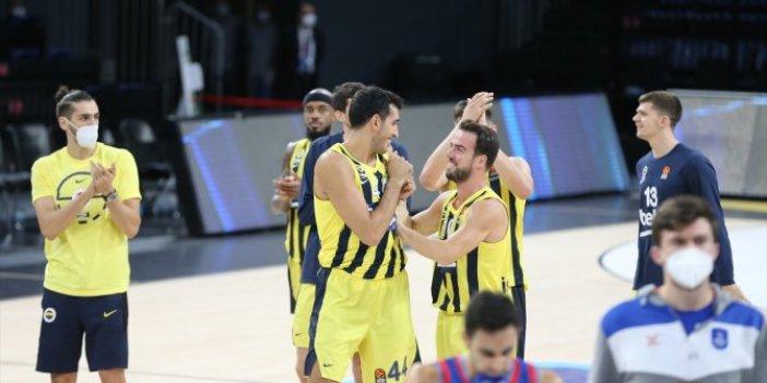 Fenerbahçe Beko'dan rekor! Anadolu Efes ikinci maçını da kaybetti