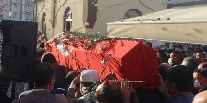 Kilis Belediye Başkanı Mehmet Abdi Bulut son yolculuğuna uğurlandı