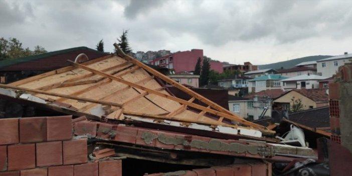Kocaeli'de şiddetli rüzgar çatıları uçurdu