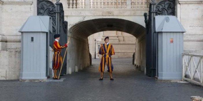 Vatikan'da korona şoku