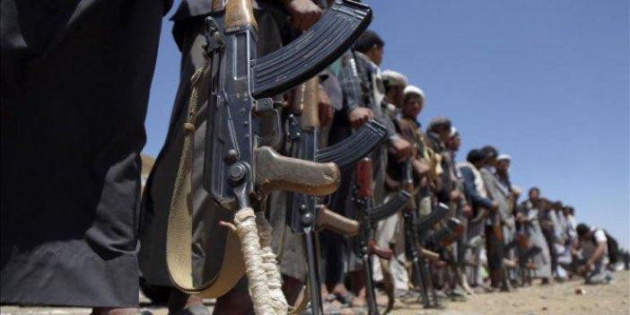 Yemen'de rehin tutulan 2 ABD'li, 200'den fazla Husi militanının iadesi karşılığında serbest bırakıldı