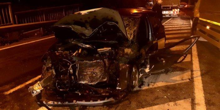 Kocaeli'nde 3 araç birbirine girdi. 1 ölü 4 ağır yaralı