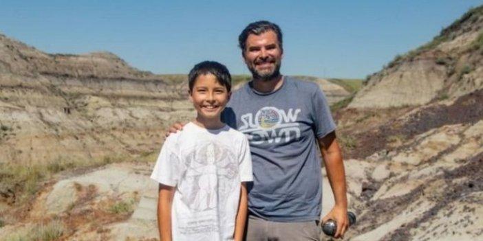 Yürüyüşe çıkan çocuk 69 milyon yıl öncesine gitti. Bulduğu şeyi görünce donup kaldı