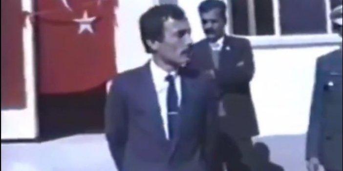 Dönerciyi kapattıran da vali, Denizli'nin efsane valisi Recep Yazıcıoğlu da valiydi. İşte efsane valinin köylüyle kucaklaştığı o videosu