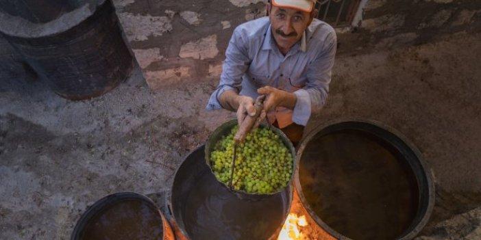 Mersin'de üzümler meşe külünün suyuna bandırılıyor. Bir kaşığı bile kansızlığı yok ediyor