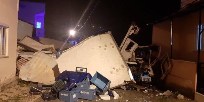 Kastamonu'da evin duvarını yıkan kamyonun şoförü öldü