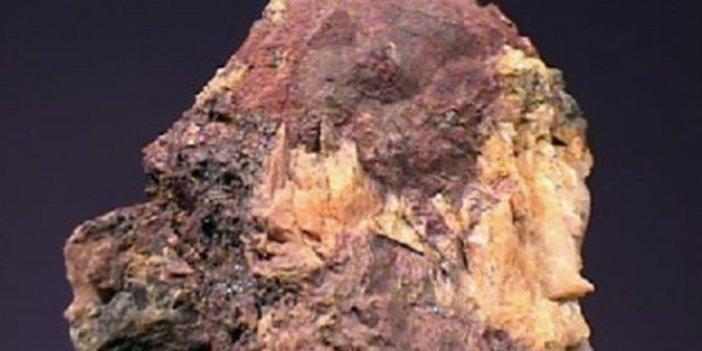 Toryum madeni Türkiye'yi uçurur. Düşen Isparta uçağındaki Prof. Engin Arık ilk kez gündeme getirmişti. Sadece Isparta Aksu'da rezerv 100 yıllık enerji ihtiyacımızı karşılayacak