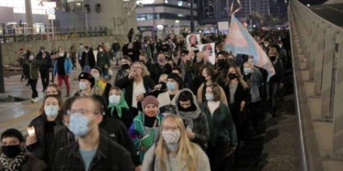 Kürtaj kararı yine protesto edildi