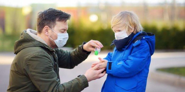 Uzmanlar çocukların sağlığında ciddi sorun oluşturabilir diyerek uyardı. Korona virüs sürecinde herkes kullanıyordu. Anneler babalar dikkat
