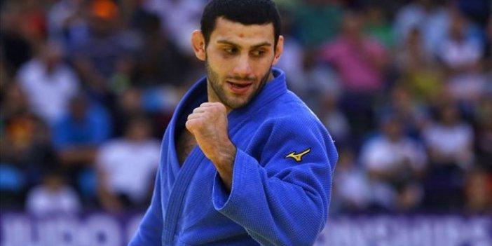 Milli judocu Vedat Albayrak'tan Budapeşte'de altın madalya