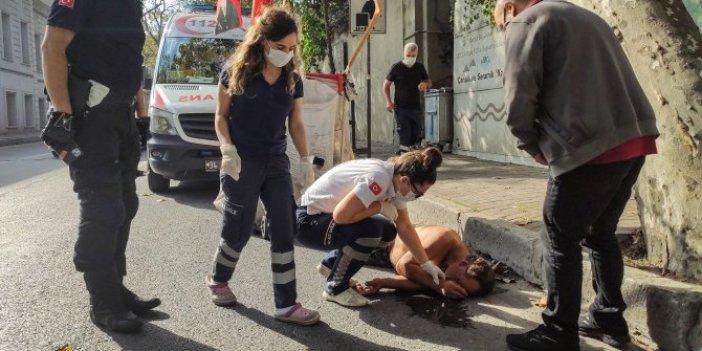 Beşiktaş'ta yolda bayılan kağıt toplayıcısı, kendisine yardım etmek isteyen sağlıkçılara saldırdı