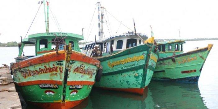 Hindistan'da tekne faciası: 5 ölü