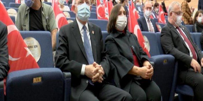 CHP lideri Kılıçdaroğlu, Genco Erkal'ın oyununu izledi