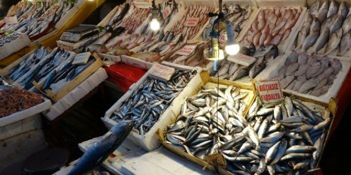 Beslenme Uzmanı Züleyha Kaplan, bayat balığı anlamanın sırrını verdi