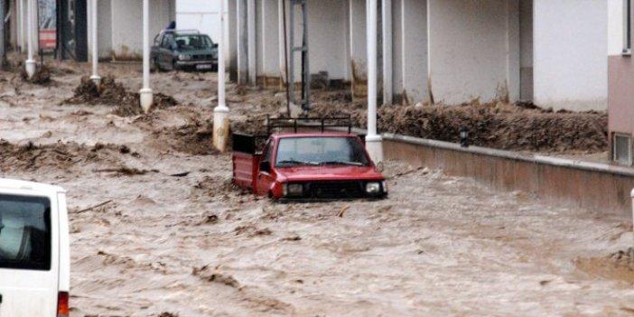 Uzmanlardan Karadeniz'de iklim değişikliği için kritik uyarı. Sel ve heyelanlar artacak