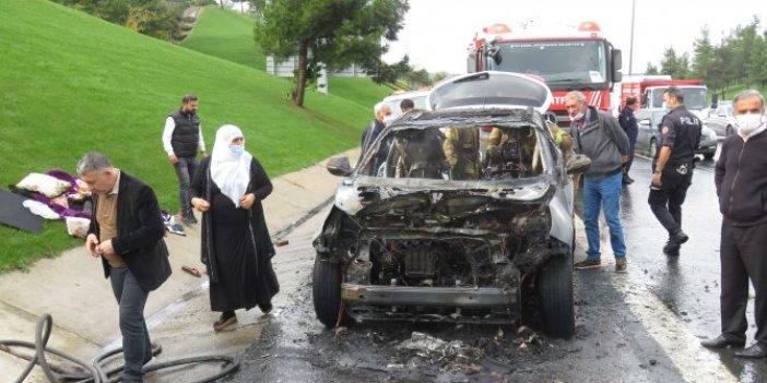 Beykoz TEM otoyolunda ilerleyen cip alev alev yandı