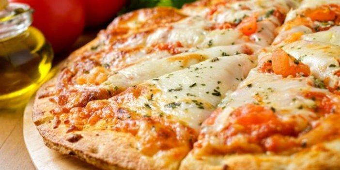 Margarita pizza nasıl yapılır? MasterChef Türkiye'de yapılan Margarita pizzanın tarifi nedir