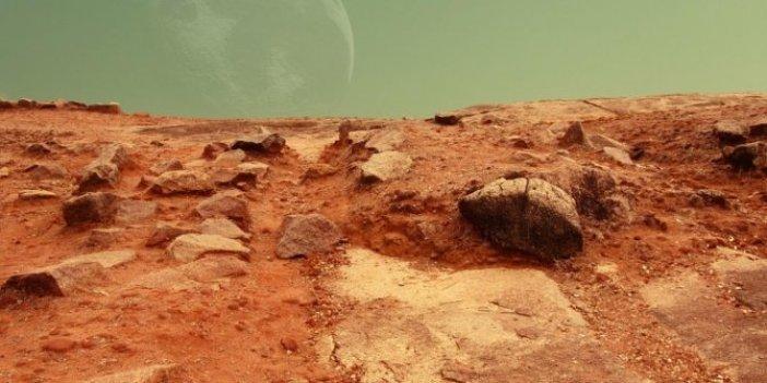Uzaydan düşen kaya parçası Sahra Çölü'nde bulundu. Analiz ekibi şaşkına döndü. Mars'ta, 4,4 milyar yıl önce su olduğu kanıtlandı
