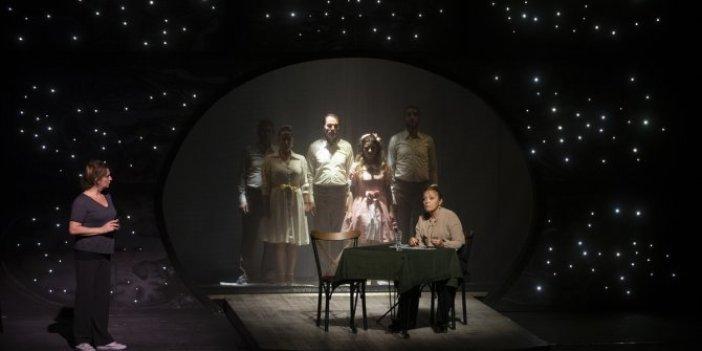 Edirne'de tiyatrolar tedbirli açıldı