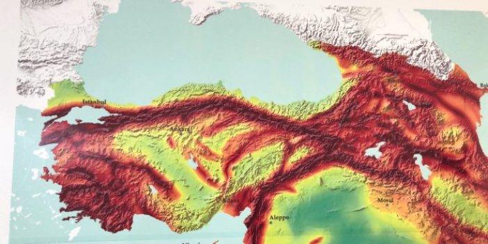 Prof. Dr. Utkucu Marmara Denizi'nin altındaki büyük riski açıkladı. 250 yılda bir oluyor