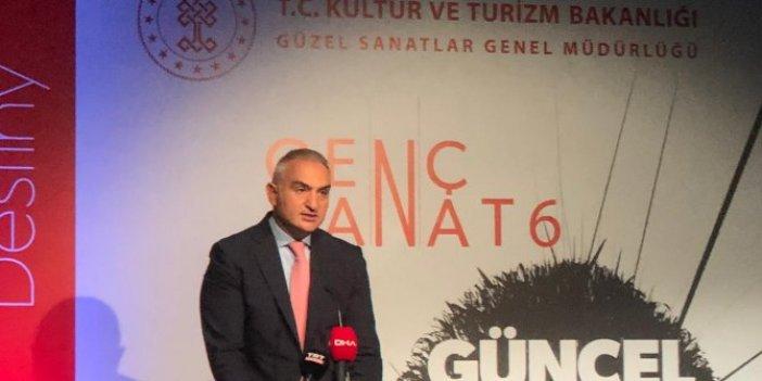 Bakan Ersoy, ödül töreninde konuştu
