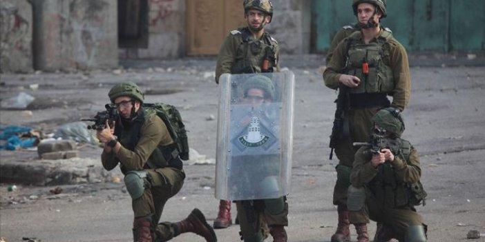 İsrail askerleri Filistinli eski bakanı gözaltına aldı