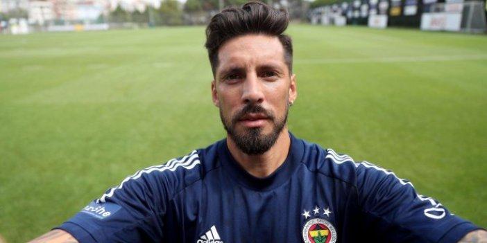 Fenerbahçe taraftarına Jose Sosa'dan kötü haber