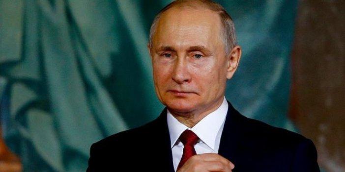 Putin 3 bakanı görevden aldı