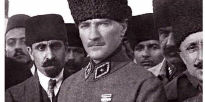 Kurtuluş Savaşı yıllarında ABD'li ünlü gazete Atatürk için ne yazdı. Aytunç Erkin ortaya çıkardı