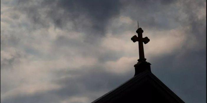 Kilisede skandal! Binlerce çocuk istismar kurbanı