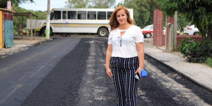 Kadın belediye başkanı öldürüldü