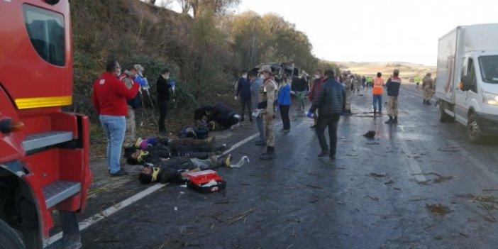 Van'da korkunç kaza: Ölü ve yaralılar var