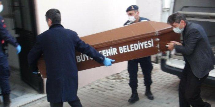 Katil pazarcı bir söz söyledi jandarma dondu kaldı. İzmir'de karısı ve kızını öldürmüştü