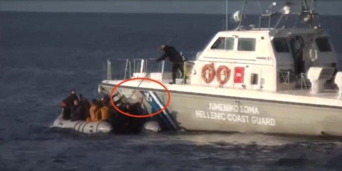 Yunan askerleri suçüstü yakalandı. Hayatlarını Türk askerleri kurtardı. Zalim askerler mültecilerin botlarını böyle deldi