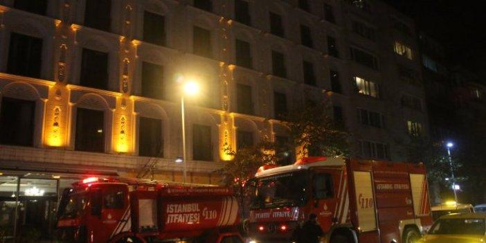 Otel olan eski adliye binası yandı. Müşteriler tahliye edildi