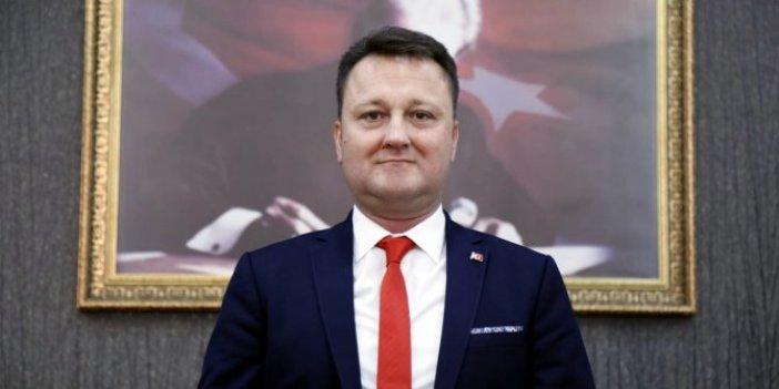 Disipline sevk edilen Menemen Belediye Başkanı Serdar Aksoy CHP'den istifa etti