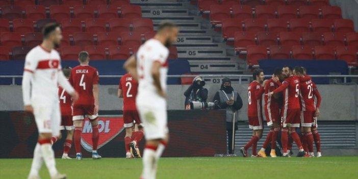 A Milli Takım Avrupa'nın 3. ligine düştü. Buradan da düşersek gazozuna maç yapacağız. Futbolda utanç gecesi. Muhtemel rakipler Faroe Adaları, Cebelitarık, Litvanya