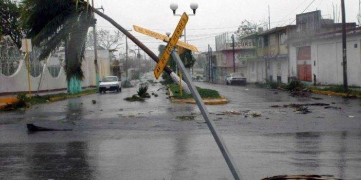 Meksika felaketi yaşadı. 22 kişi hayatını kaybetti
