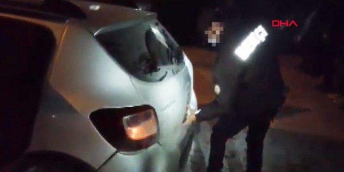 Aracın kapılarını açan polis gözlerine inanamadı, bunu nasıl başardıklarını açıklamalılar